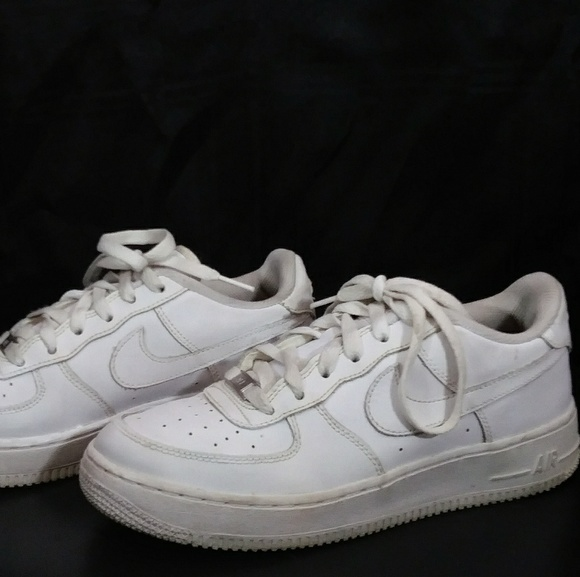 nike air force one youth release date